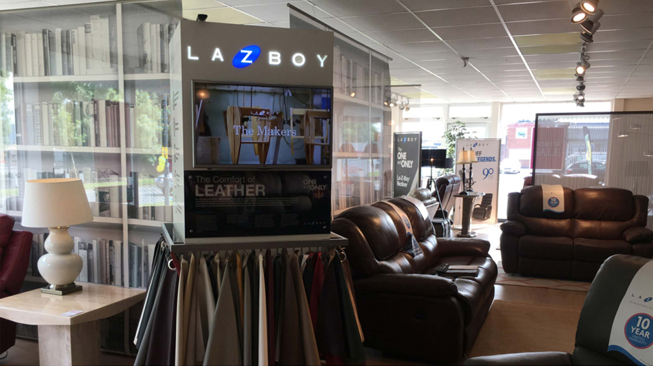 images of cirka creatives retail column for lazyboy instore